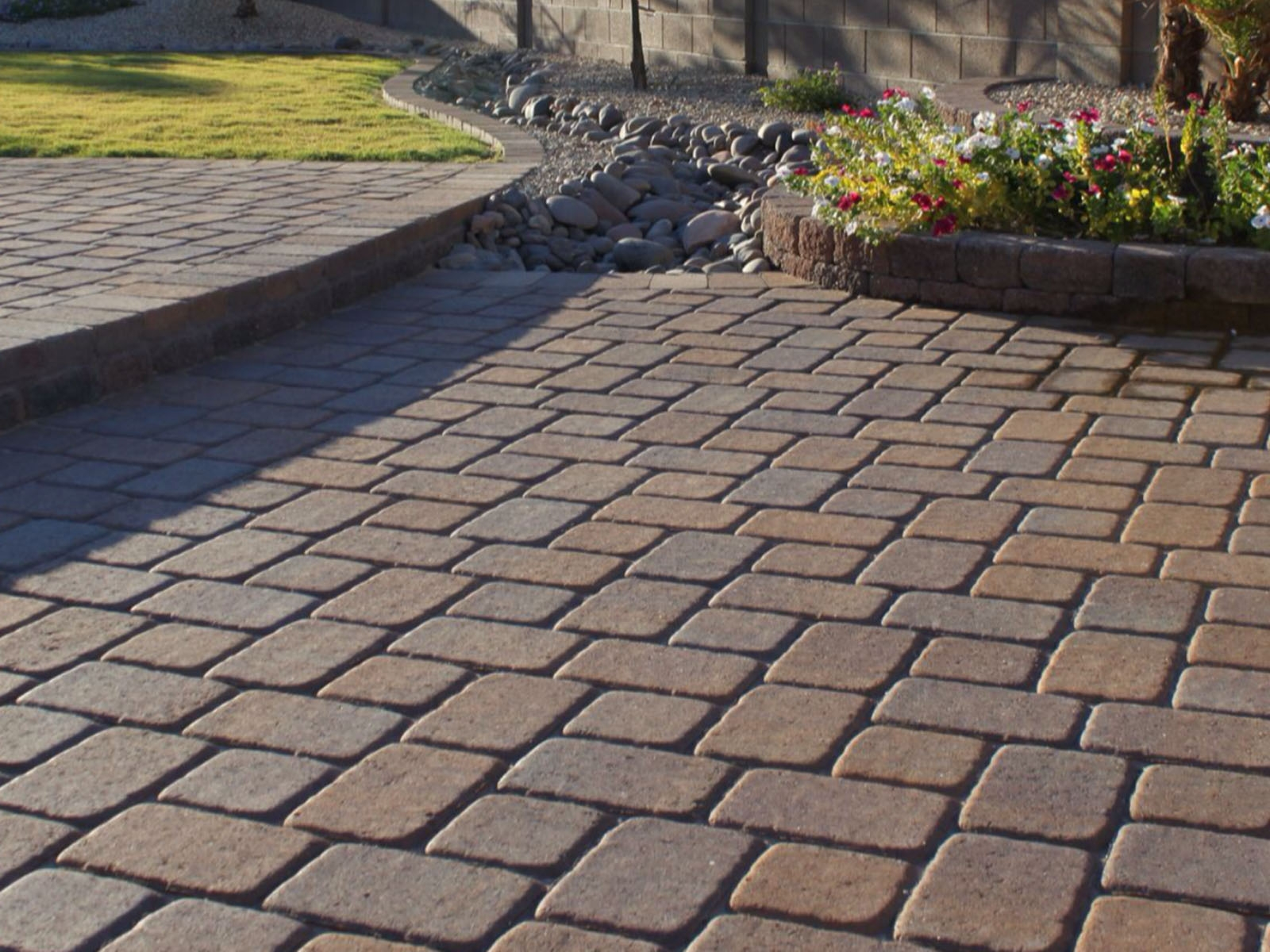 brick-pavers-installation-tucson1