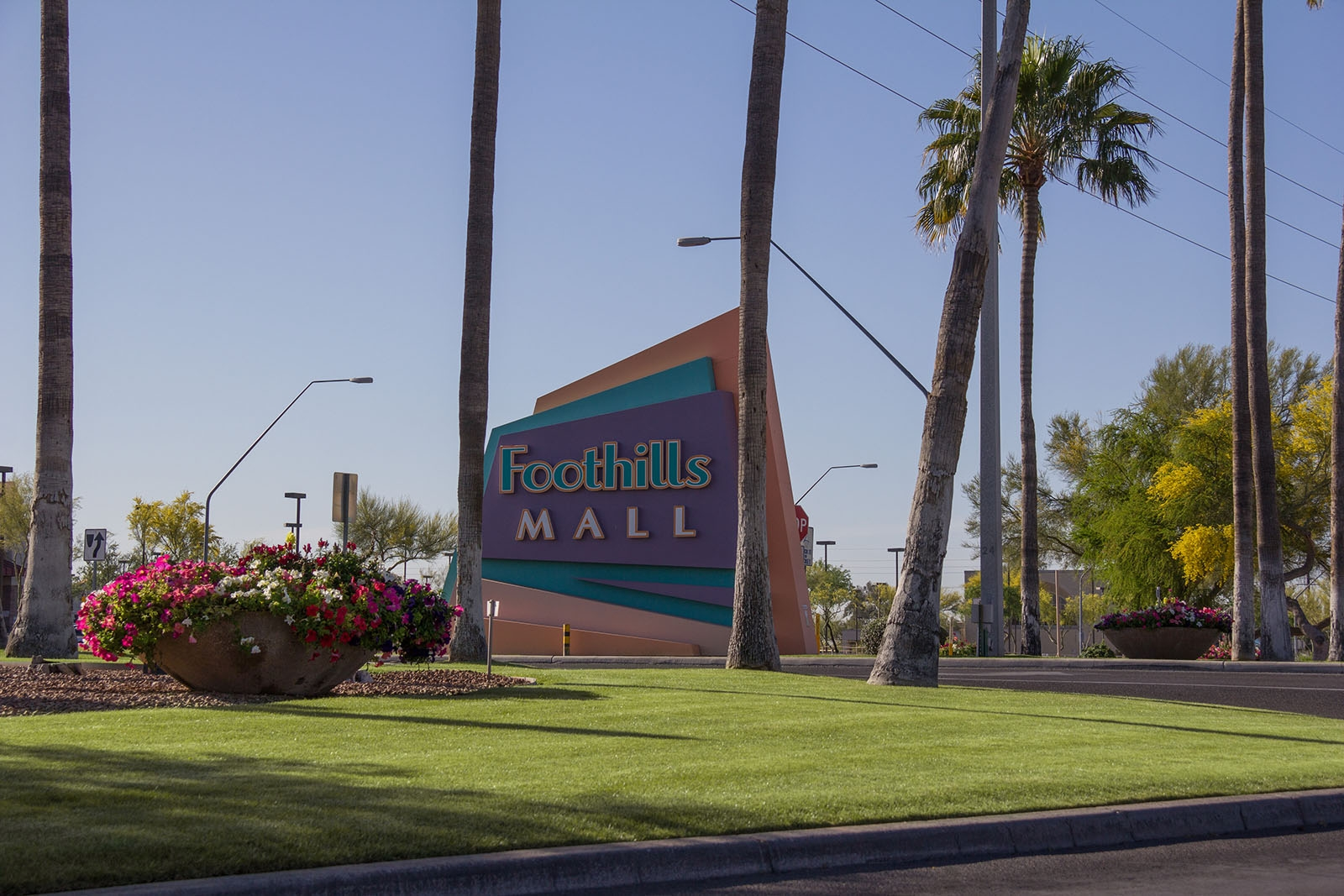 mall-landscape-maintenance-tucson02