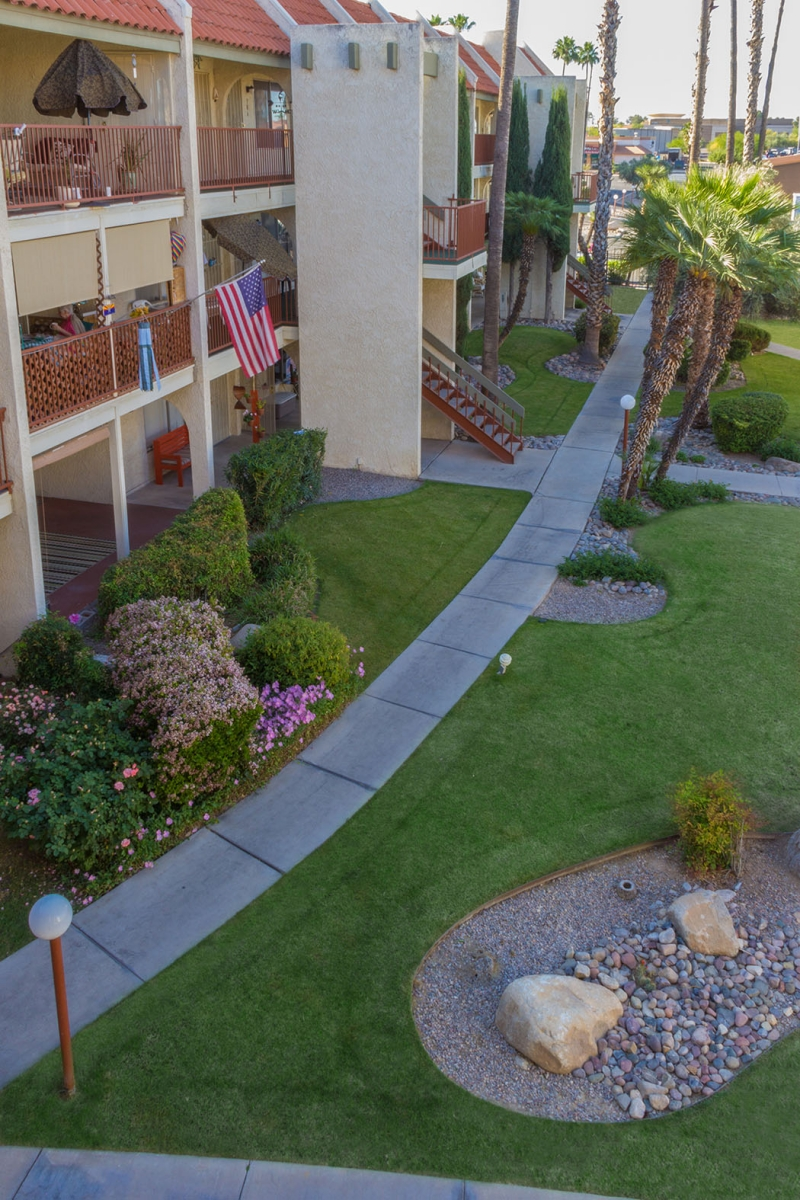 Apartment Landscaping 12